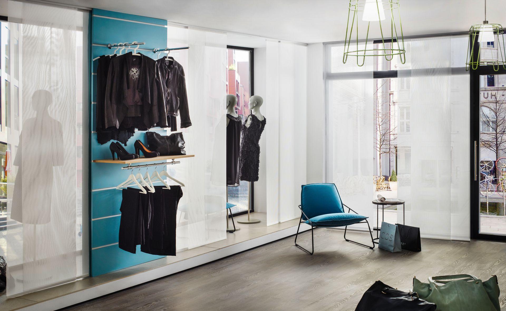 fl chenvorh nge ais. Black Bedroom Furniture Sets. Home Design Ideas