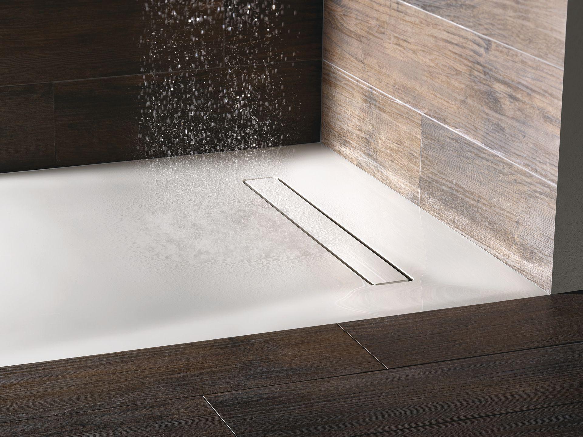 Bodenebene Duschsysteme mit Mineralwerkstoffoberfläche - ais-online.de