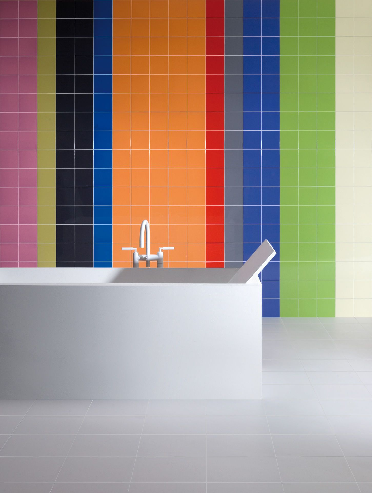 colors fliesenserie f r die wand ais. Black Bedroom Furniture Sets. Home Design Ideas