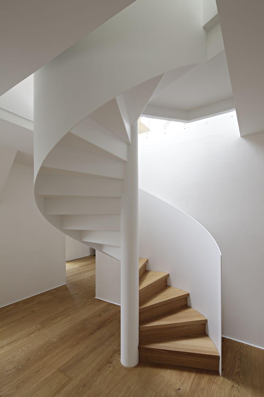 nautilus treppen ais. Black Bedroom Furniture Sets. Home Design Ideas